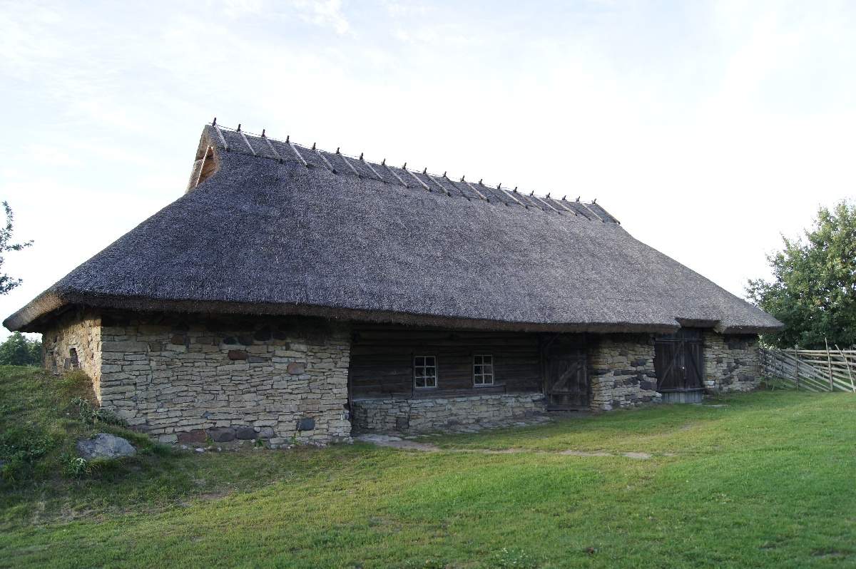 Threshing-barn-house. Viimsi Open Air Museum.